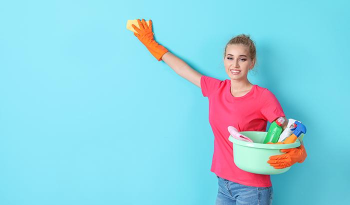 Quickest-Ways-to-Clean-Textured-Walls